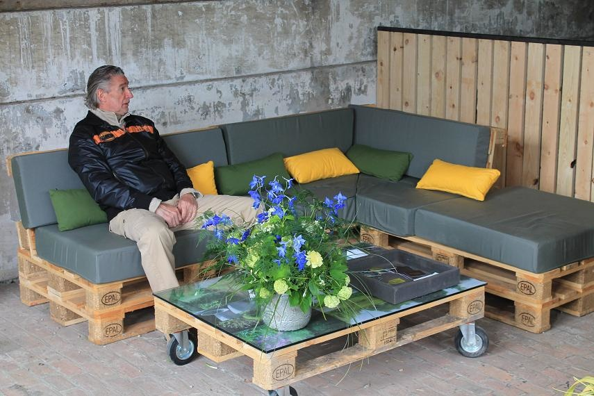 Salon de jardin en bois de coffrage