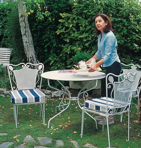 Comment decaper un salon de jardin en fer