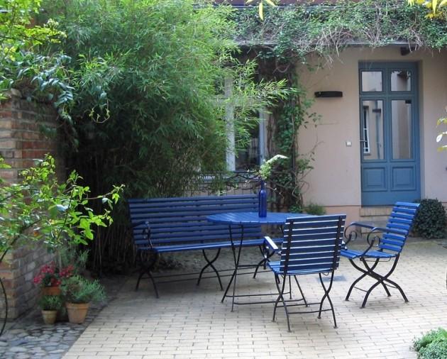 Peindre salon de jardin bois exotique