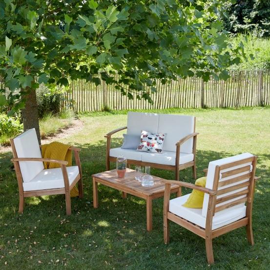 Salon de jardin en bois bas
