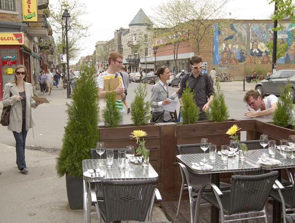 Cafe terrasse mont royal