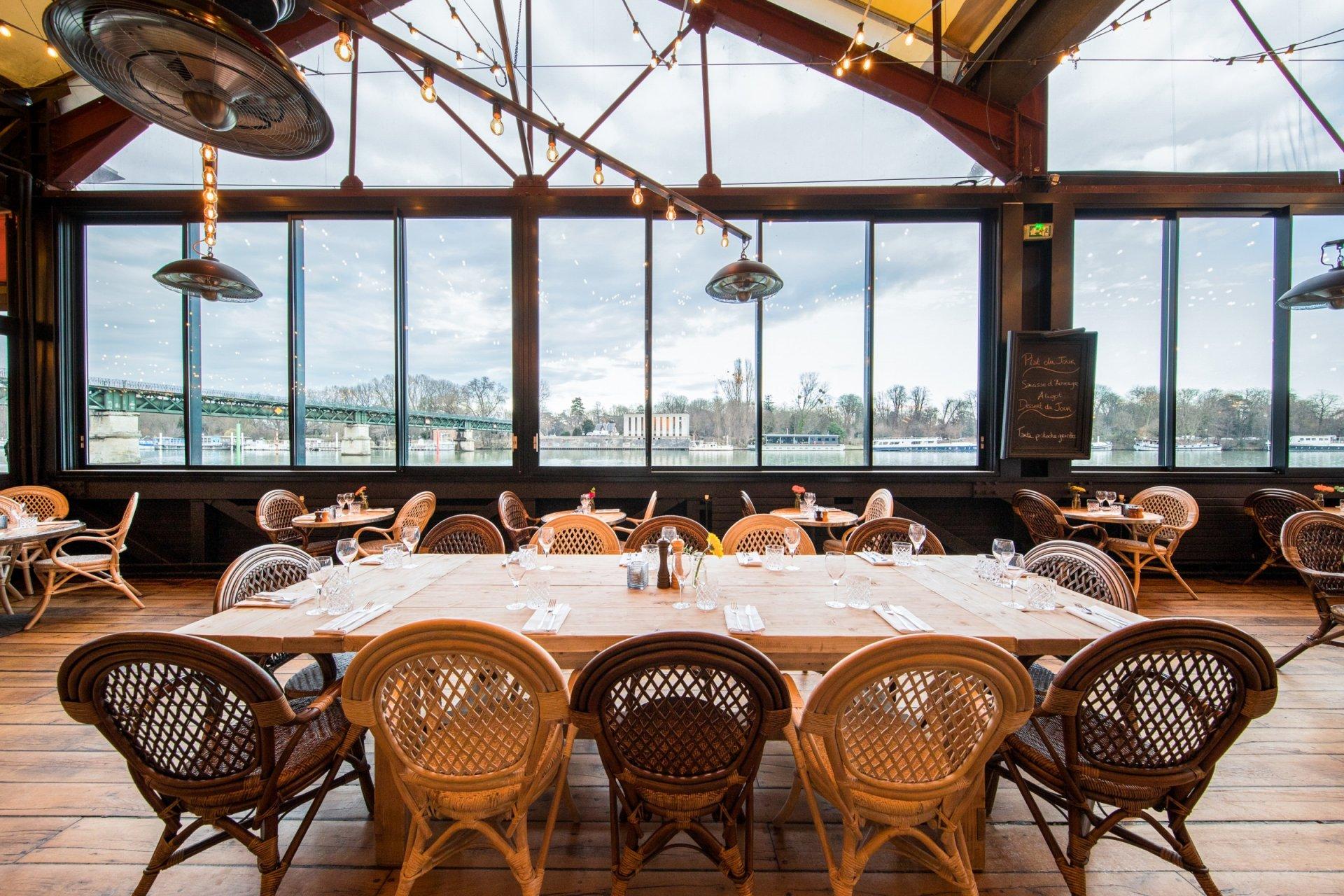 Restaurant avec terrasse bord de seine 76