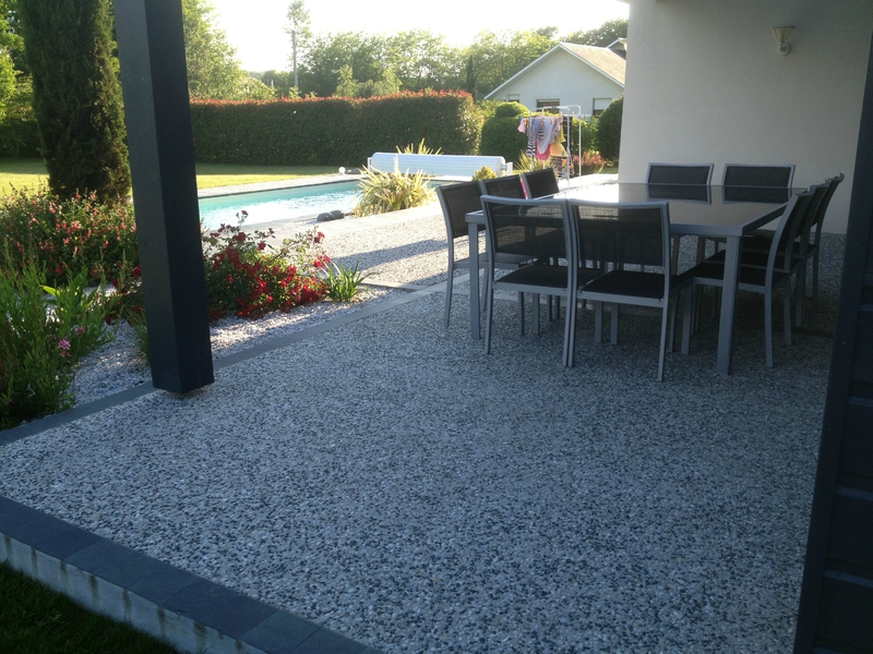 Terrasse beton desactive gris