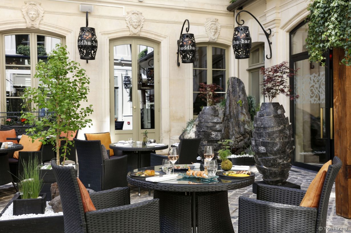 Terrasse buddha bar hotel paris