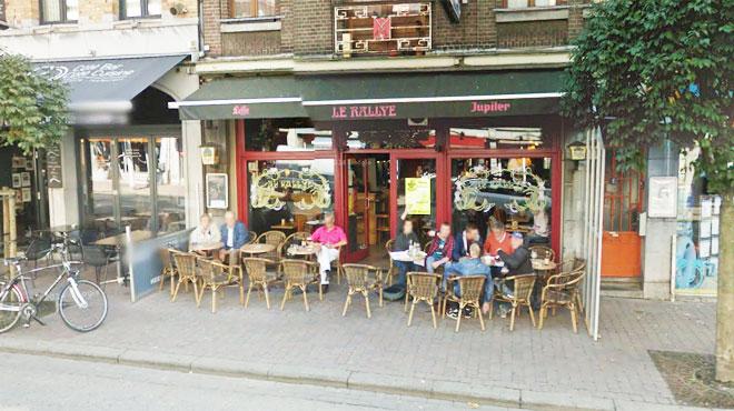 Café terrasse liège
