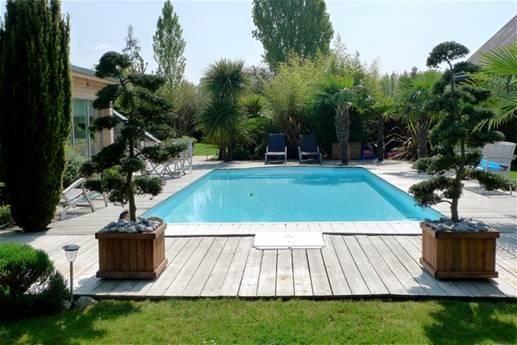 Idee terrasse autour piscine
