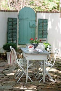 Salon de jardin pvc bleu