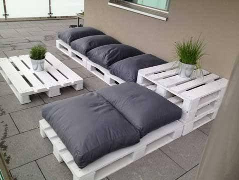Salon de terrasse avec palette