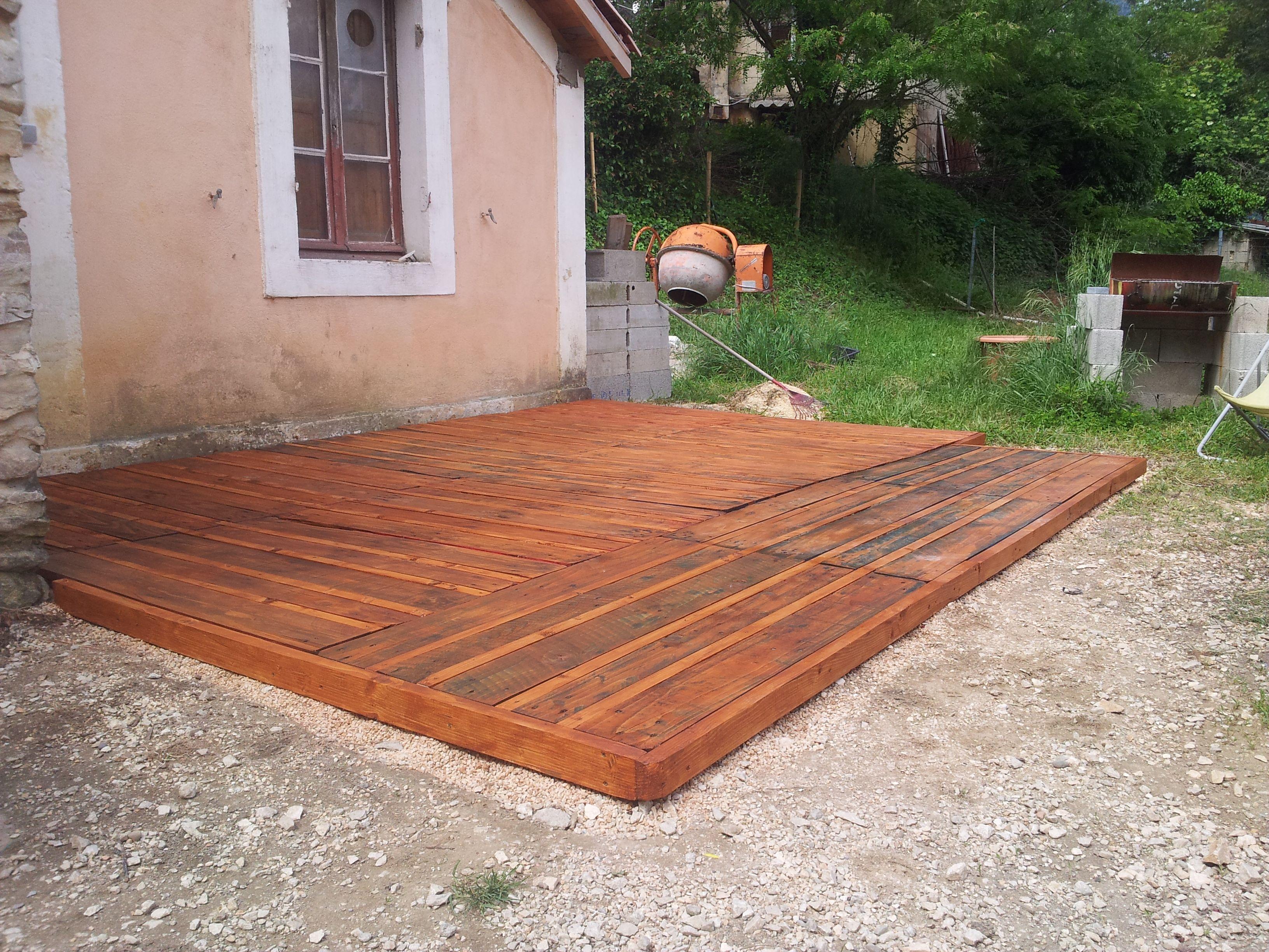 Terrasse avec palette plastique