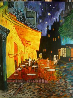 Terrasse d'un café la nuit