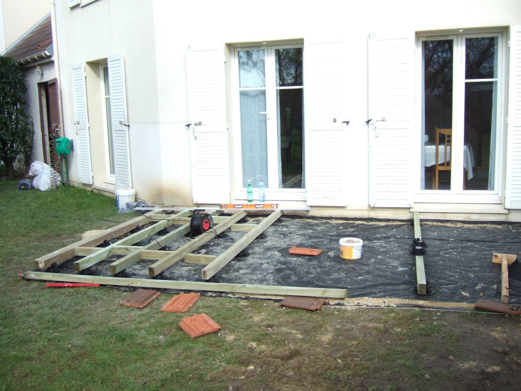 Terrasse beton directement sur terre