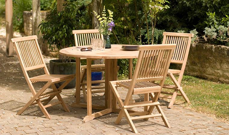 Table de salon de jardin ronde pliante