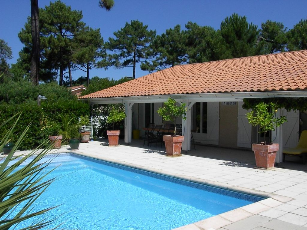 Terrasse avec piscine - Mailleraye.fr jardin