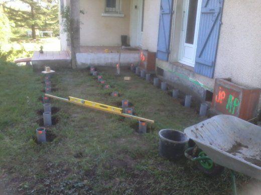 Terrasse bois plot tube pvc