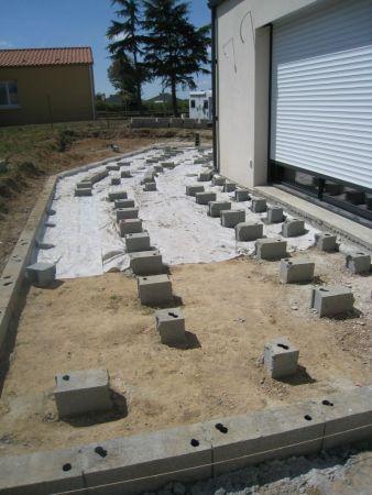 Terrasse bois avec plot beton
