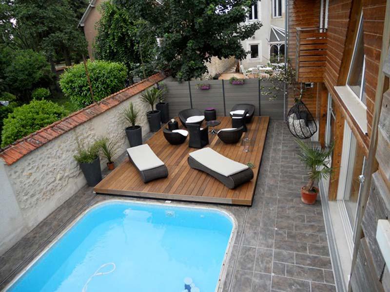 Piscine avec terrasse qui remonte