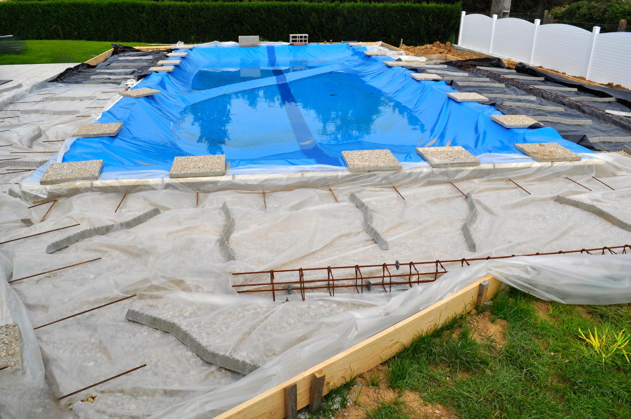 Dalle terrasse autour piscine