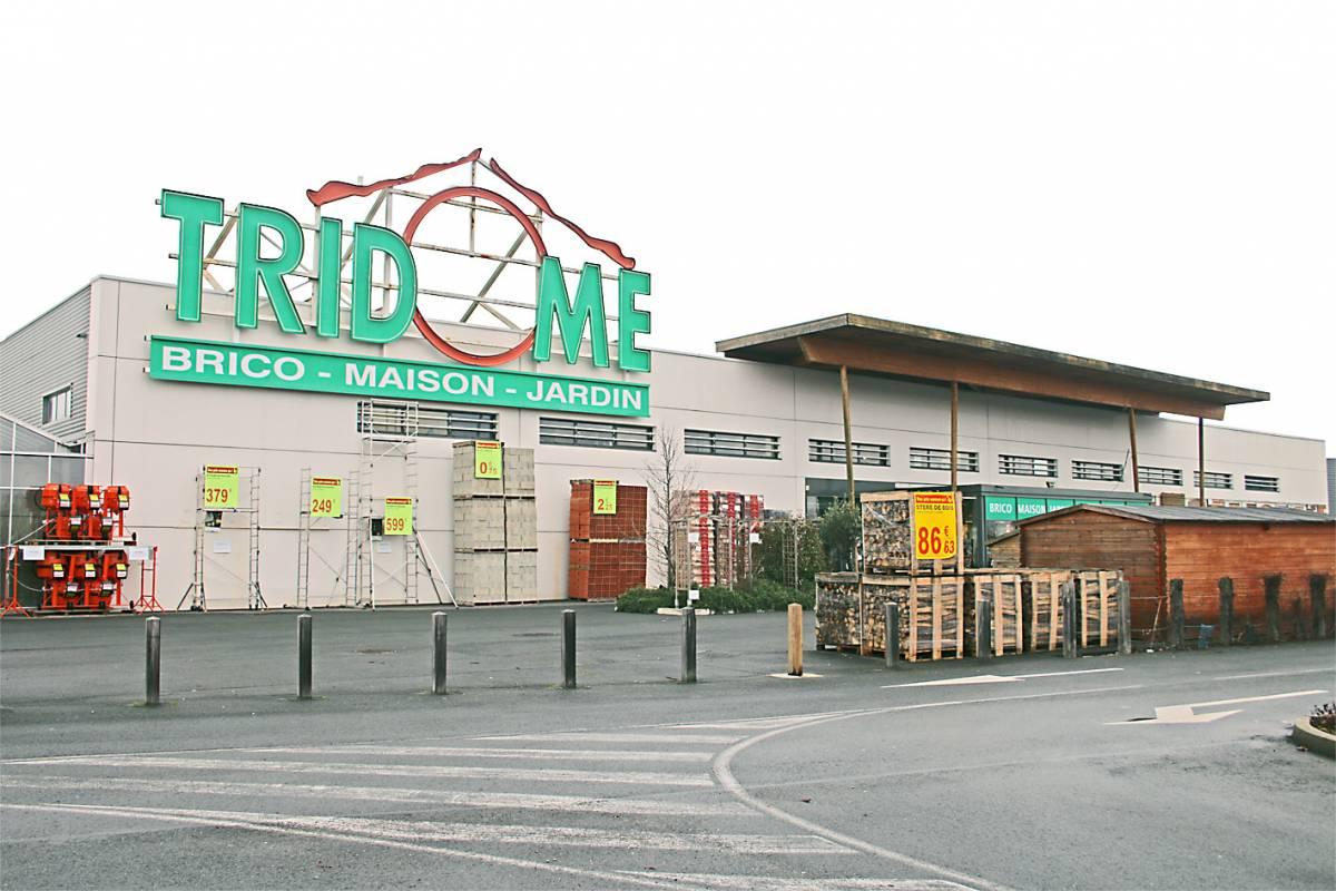 Salon de jardin resine tridome