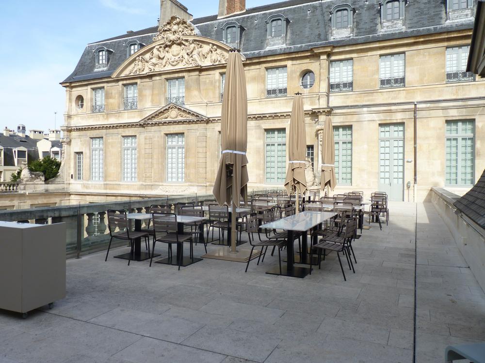 Cafe terrasse nation