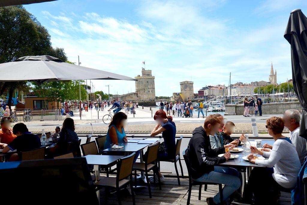 Cafe terrasse vieux port