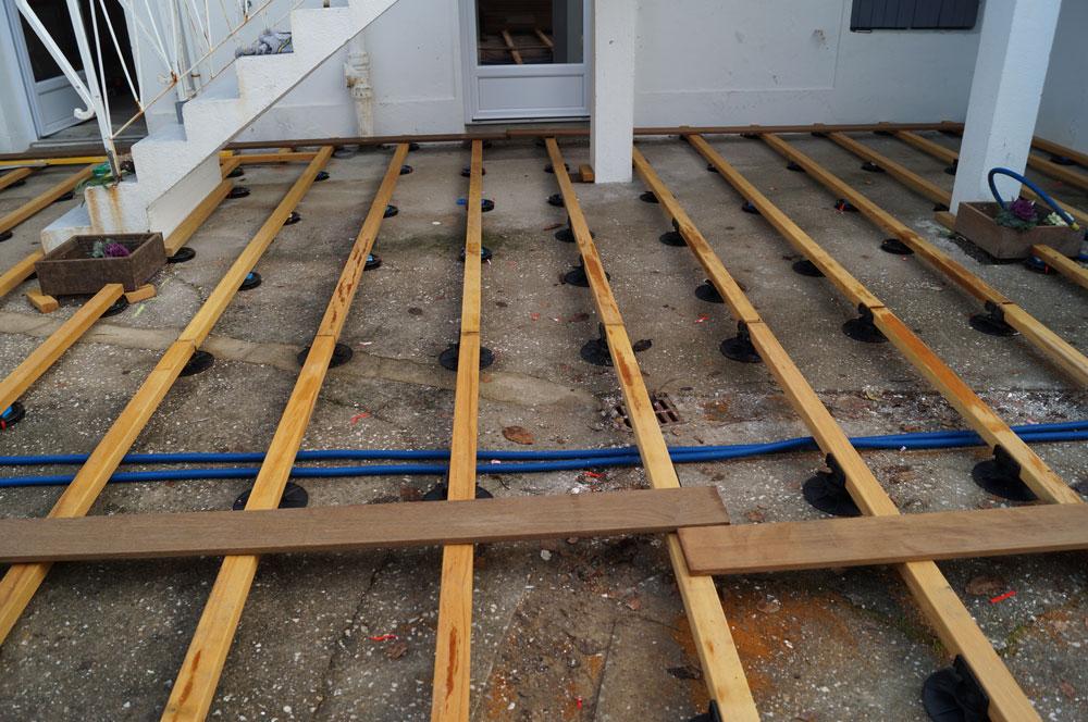 Faire une terrasse en bois sur pilotis