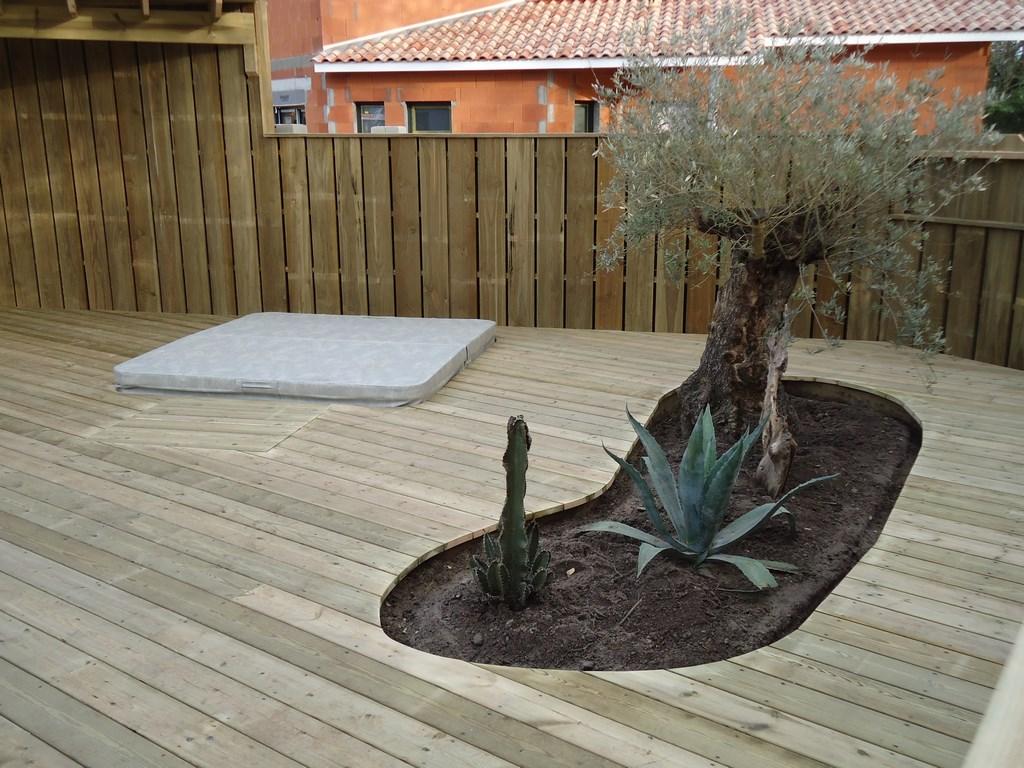 Terrasse bois piscine gironde