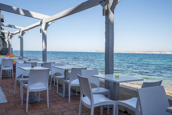 Restaurant avec terrasse vue mer