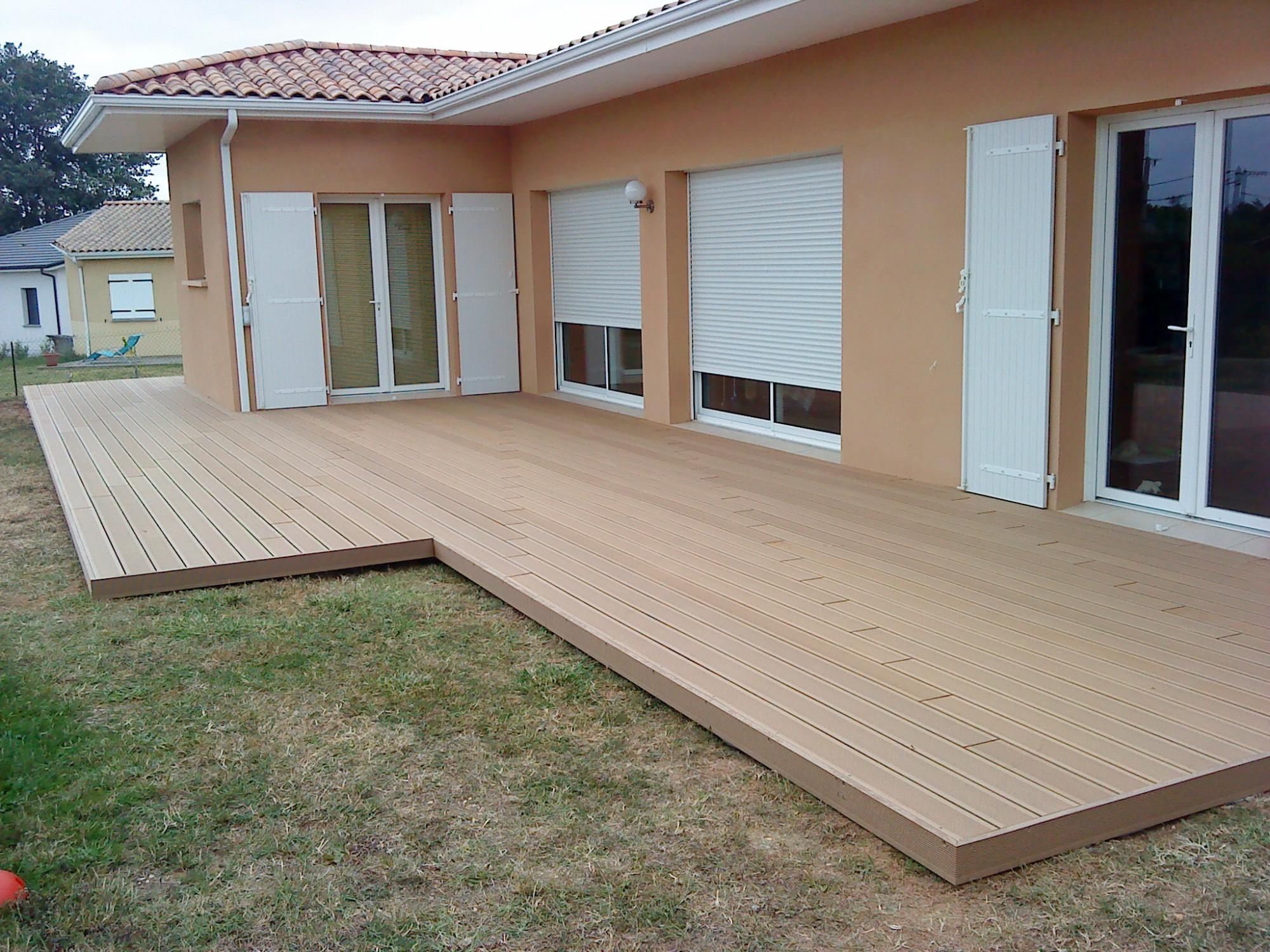 Terrasse bois composite installation jardin - Terrasse en bois ou composite ...