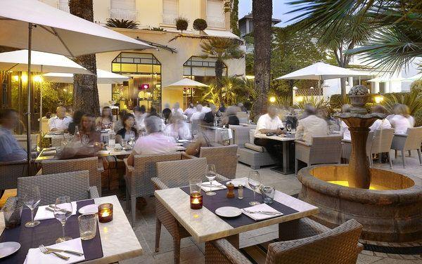 Bistrot terrasse hotel juana