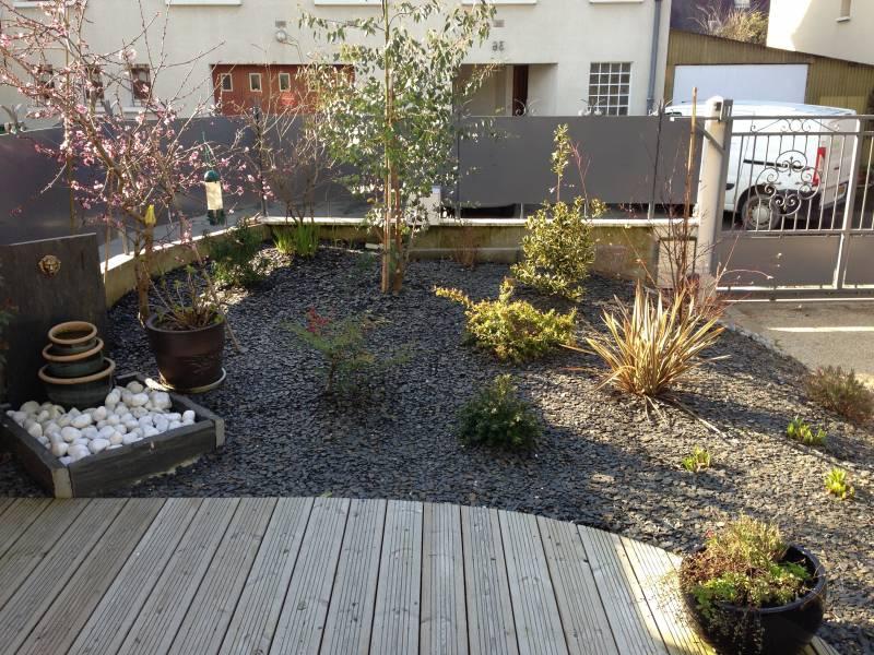 terrasse jardin gravier jardin. Black Bedroom Furniture Sets. Home Design Ideas