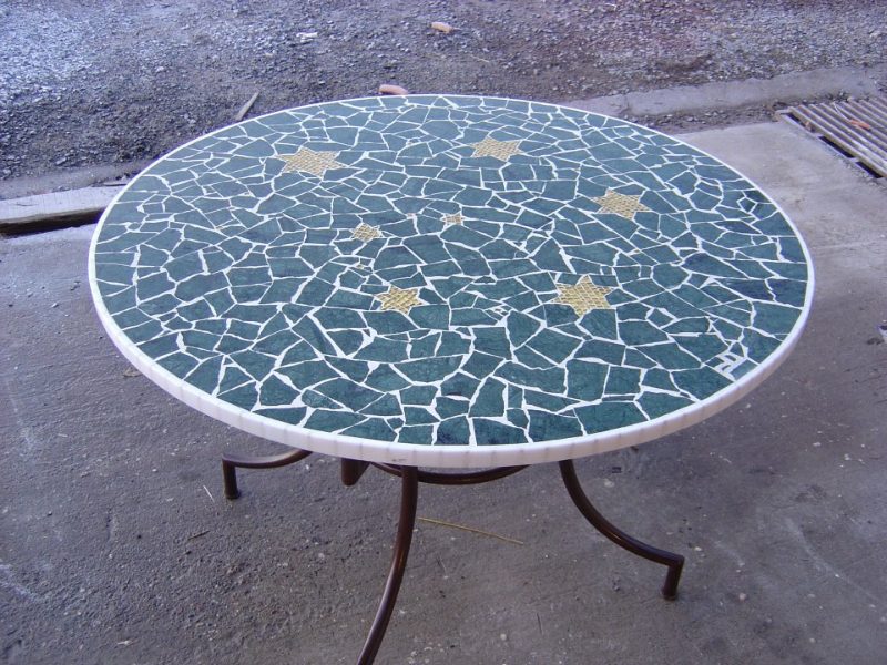 Table de salon de jardin en mosaique - Mailleraye.fr jardin