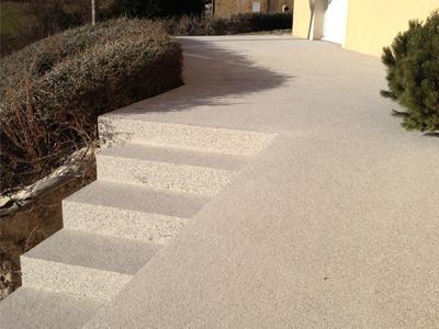 Terrasse béton sablé
