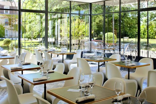 Installation terrasse couverte restaurant