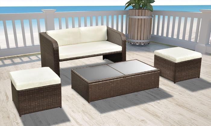 Salon de jardin avec table basse