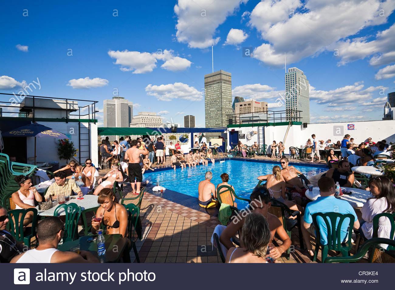 Bar terrasse avec piscine montreal