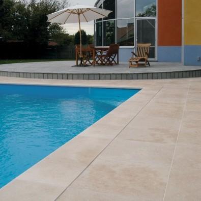 Carrelage terrasse autour piscine