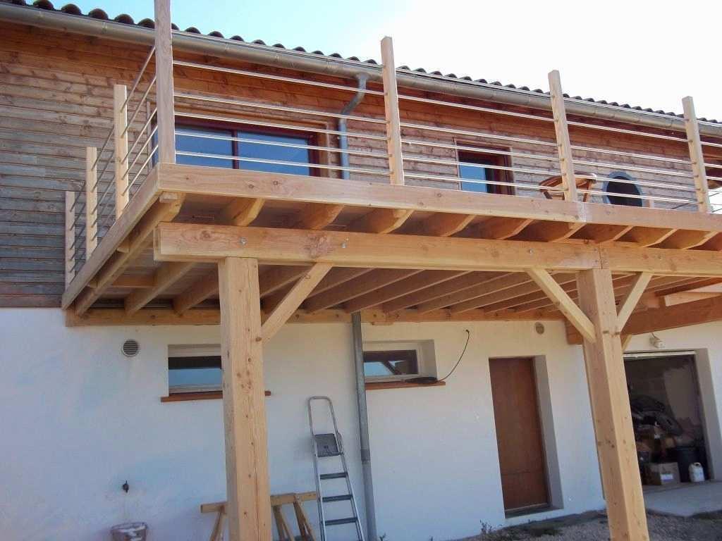 Installation terrasse bois sur pilotis