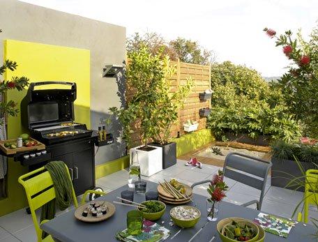 Terrasse aménagée barbecue