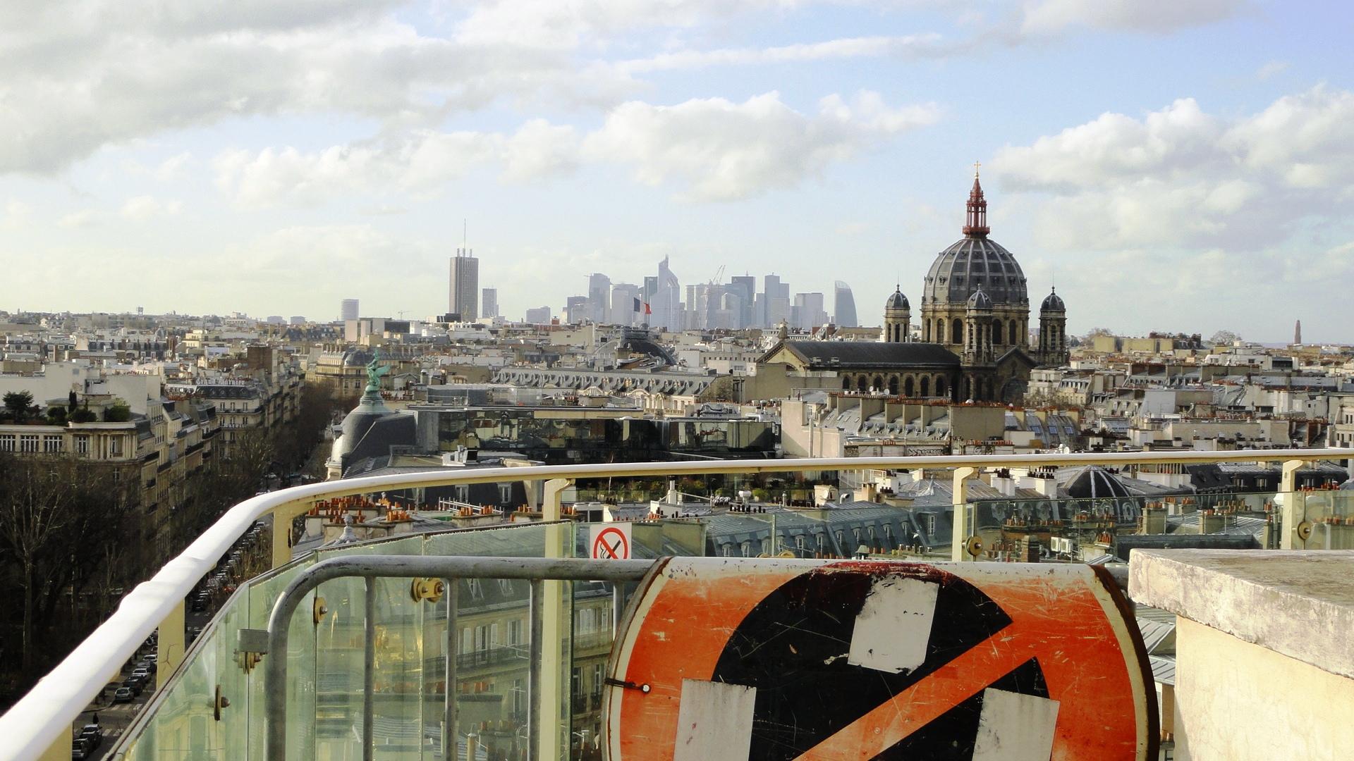 Paris terrasse du printemps