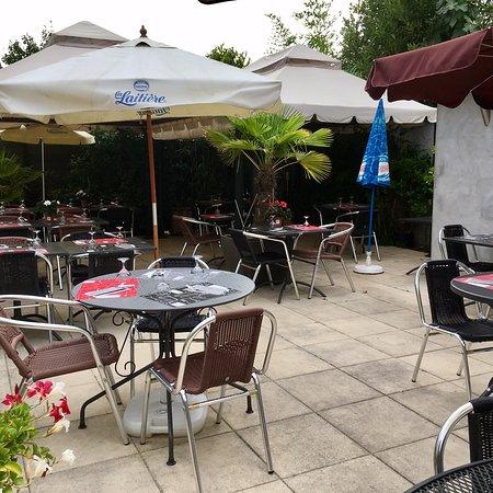 Terrasse printemps bar