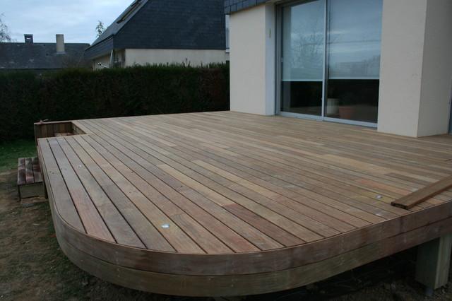 Finition terrasse bois arrondie