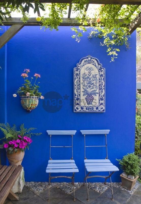 Terrasse carrelage bleu