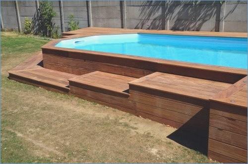 Terrasse autour piscine acier