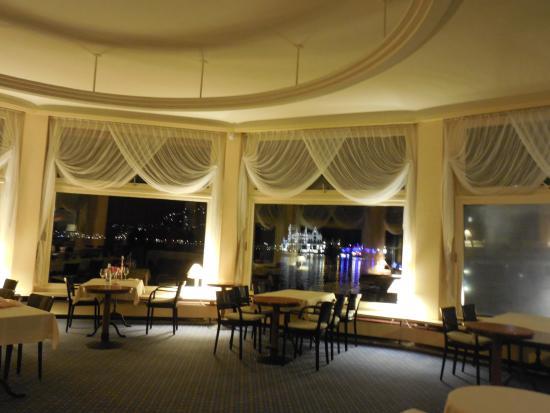 Hotel terrasse in vitznau