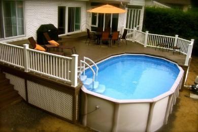 Terrasse sur pilotis autour piscine hors sol