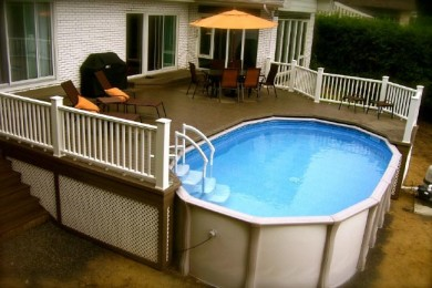 Terrasse autour de piscine tubulaire