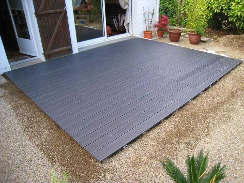 Pose terrasse bois composite sur gravier