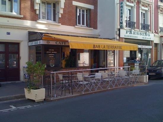 Terrasse bois restaurant