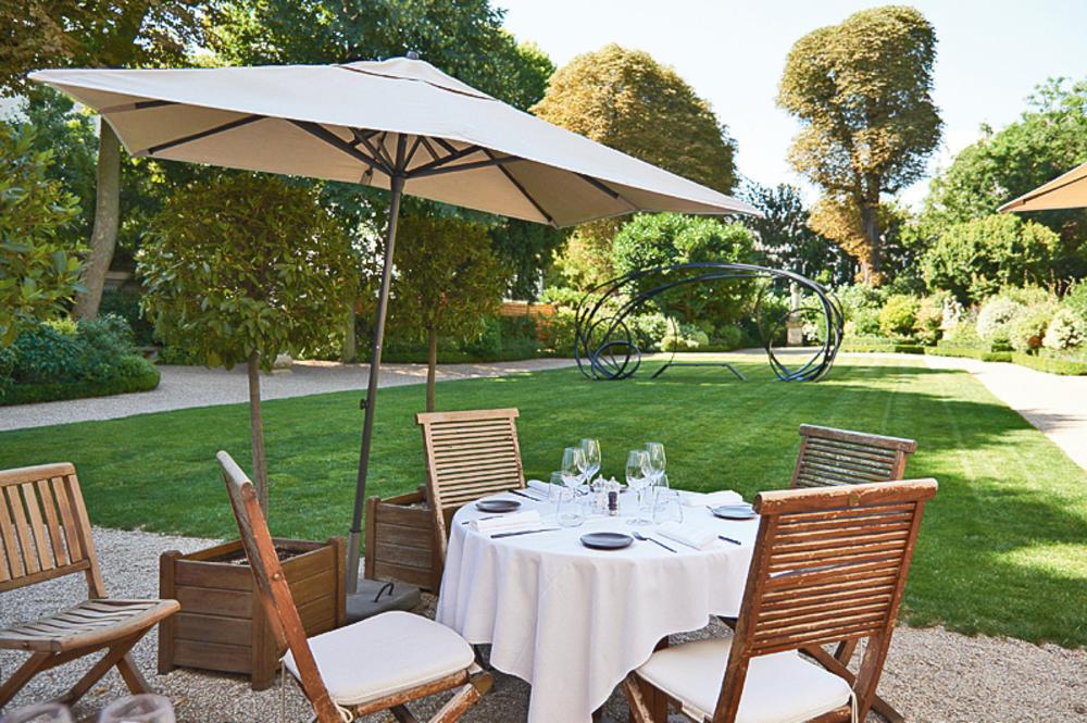 Restaurant paris avec jolie terrasse - Mailleraye.fr jardin