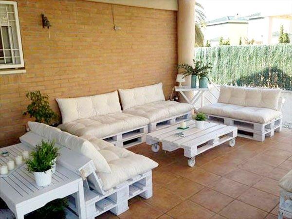 Terrasse de jardin avec des palettes - Mailleraye.fr jardin